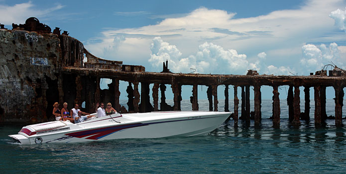 This year the Florida Powerboat Club will lead two poker runs to the Bahamas—one in June and one in July. Photo courtesy Florida Powerboat Club